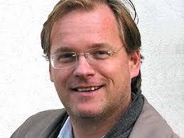 Heute mit dabei war Klaus Jürgen Bauer, Bruder von Jörg Stiel und Architekt. Herr Bauer interessiert sich für Musik, Architekturtheorie und seine Familie ... - mob3412_1256843118