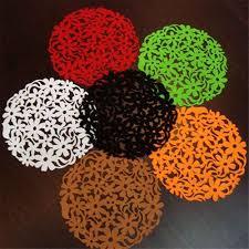 Настольные тарелки круглые с цветами лазерной резки ...
