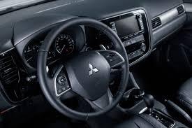 На <b>букву</b> «Х». Первый взгляд на обновленный <b>Mitsubishi</b> Outlander