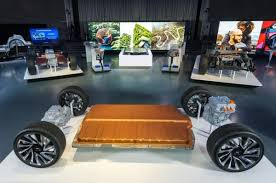 GM Reveals <b>New</b> Ultium Batteries and a Flexible <b>Global</b> Platform to ...