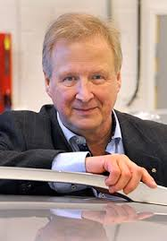 Lars Nielsen's research focuses on applying control engineering models and methodology within vehicular systems. It is a wide research range – from control ... - larsnielsen4_275px