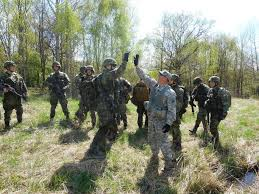 ncoes nco journal a mobile training team from the 7th army nco academy conducted a warrior leader course in