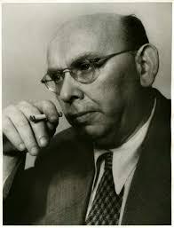 Porträtfoto von <b>Hanns Eisler</b>, 1950. - eisler-hanns_foto_LEMO-F-4-259_dhm