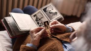 <b>5 ways</b> to reduce your risk of developing dementia, according to <b>new</b> ...