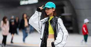 7 <b>Korean Fashion</b> Trends That Are Blowing Up in <b>2019</b> | Who What ...