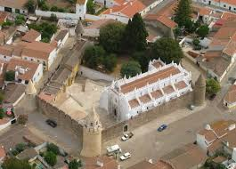 Gabriel Lagarto expõe no Castelo de Viana do Alentejo
