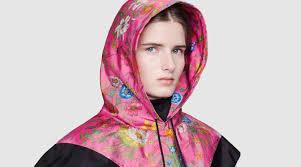 Babushka Gang: Gucci выпустили капюшоны, стилизованные под ...