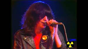 The <b>Ramones live</b> @ Théatre de l'Empire 1980 - YouTube