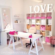 2_storage chic organized home office