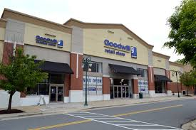 DC area Goodwill stores go upscale, raise more money | WTOP