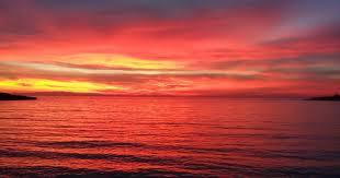 Risultati immagini per e il tramonto infuoca