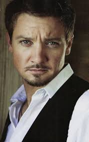 best images about jeremy renner special agent jeremy renner wow he s like in his 40 s and still looks