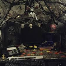 office desk decoration themes cubicle halloween office decorating themes this year39s work podgiant tent and this accessoriesexcellent cubicle decoration themes office