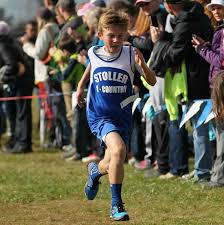 youth runner jimmy glaab from stoller middle school races to the finish for 3rd photo by klotz images