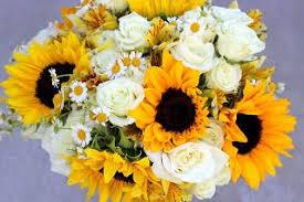 <b>Sunflowers</b>, roses, Wedding bouquets, <b>White rose</b> bouquet