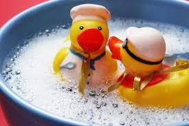 СК изучит состав <b>пены для ванн</b> после отравления двоих <b>детей</b> в ...
