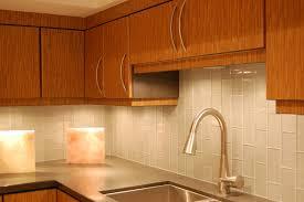 kitchen floor tiles small space: