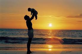 Resultado de imagen para fathers running with child