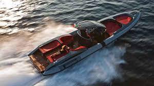 Making Waves: <b>Pirelli PZero Sport</b> - Yachts International
