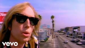 <b>Tom Petty</b> - Free Fallin' - YouTube