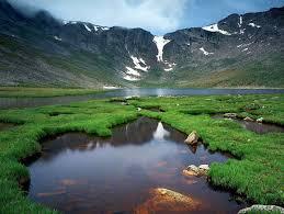 اجمل البحيرات في العالم images?q=tbn:ANd9GcR