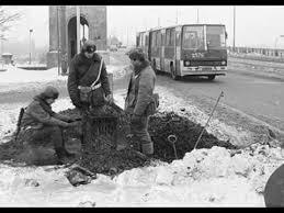 Znalezione obrazy dla zapytania Stan wojenny zdjęcia