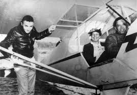 mrs roosevelt goes for a ride red tail squadron eleanor roosevelt takes a ride in a piper shown is lewis jackson who was