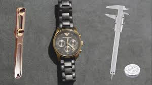 Как заменить батарейку в часах <b>Emporio Armani</b> AR5906 - YouTube