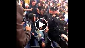 Police break up fight between <b>fans</b> at Warriors-<b>Lakers</b> game | KNBR