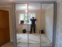 mirrored wardrobe doors mirrored doors mirrored wardrobe doors bedroom design door wardrobes architecture ideas mirrored closet doors