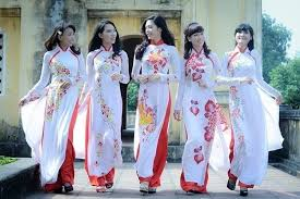 The history of Vietnamese '<b>Ao dai</b>' - Absolute <b>Asia</b> Travel