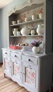 ideas china hutch decor pinterest: gabinete de china francesa paa s hutch vendido por lavanttehome