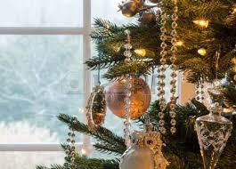Decorazione Finestre Neve : Finestre natalizie foto royalty free immagini e archivi