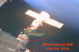 9 foot aliens and UFO docking with ISS