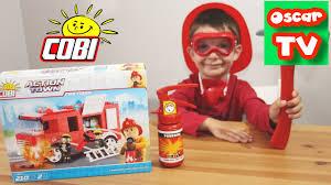 Играем в пожарного, строим пожарную машину из <b>конструктора</b> ...