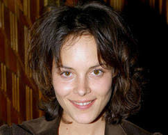 <b>Christine Villemin</b> sera interprétée par Armelle Deutsch, accompagnée de <b>...</b> - 00F2015601718218-photo-armelle-deutsch