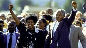 BBC - History - Nelson Mandela released from prison (pictures ...