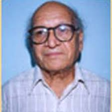 Bipan Chandra gives lessons on history books New Delhi, Feb 8 - The next edition of the World Book Fair will have a special section on history, ... - Bipan_Chandra