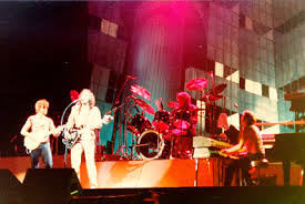 <b>Electric Light Orchestra</b> - Wikipedia