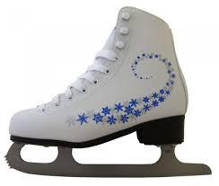 Зимние товары <b>Ледовые коньки и лыжи</b>, купить недорого в Сочи