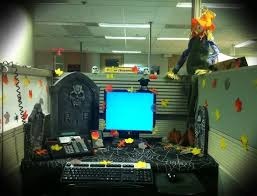 20 halloween office theme ideas interior design center inspiration my decorated work charming desk decorating ideas work halloween