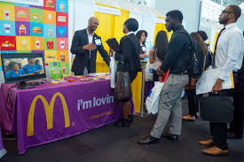 connecting college students opportunity mcdonald s new york big apple job fair 03