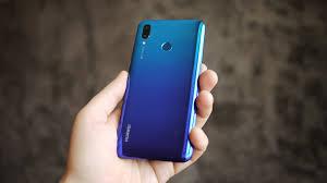 Обзор <b>смартфона Huawei P</b> smart 2019: бюджетник на все руки