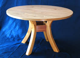 dining table woodworkers:  round table