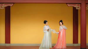 What is a <b>Hanfu</b> Clothing? - <b>Traditional Chinese Costume</b>