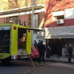 Plata: tuvieron rescatar personas incendio