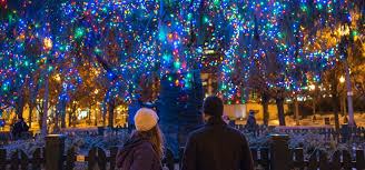 <b>Christmas</b> in <b>Chicago</b>: Best Things to Do | Holiday Markets, Shows ...