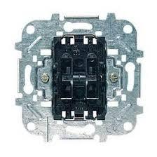 <b>Лицевая панель ABB Sky</b> выключателя одноклавишного с ...