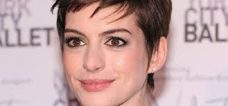 Anne Hathaway: Hochzeitskleid von Valentino - anne-hathaway-hochzeitskleid-valentino-342535_i