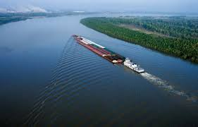 Mississippi River    Kids Encyclopedia   Children     s Homework Help     Kids Britannica Photograph Barges travel on the Mississippi River near Baton Rouge  Louisiana